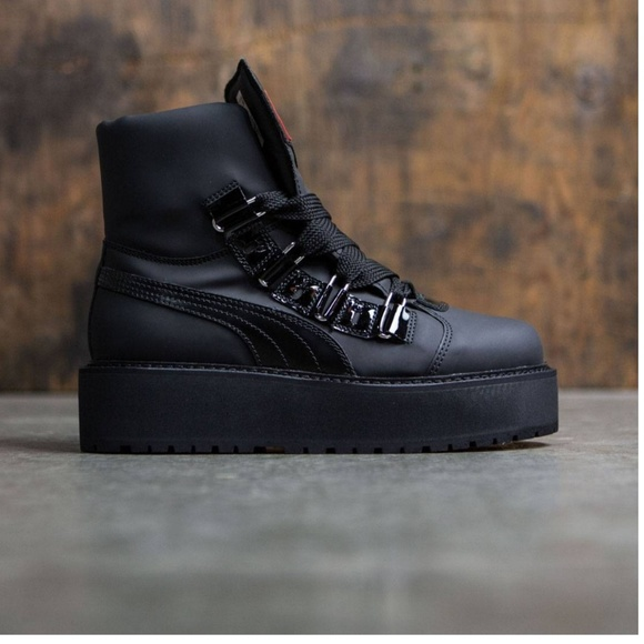 Rihanna Fenty Puma Sneaker Boot. M 5b9a6729e944ba377c4ab9e5 ed5f1008b